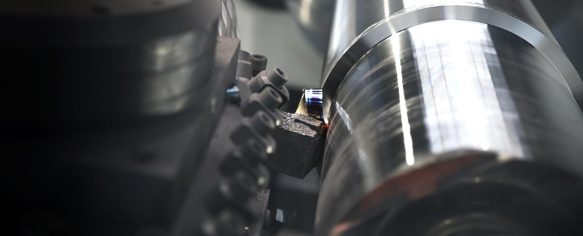 machine-tool-metalworking-lathe-gurutzpe